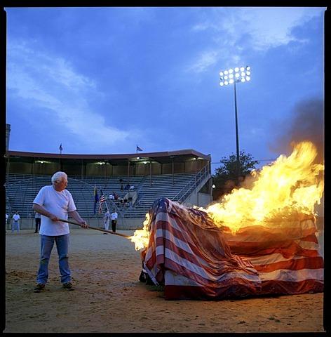 US flag retirement ceremonies