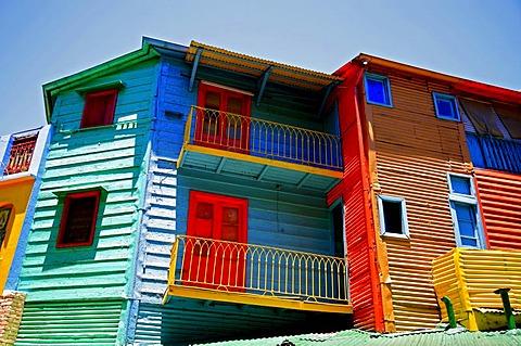 Colurful houses, corrogated iron facades, La Boca district, El Caminito, Buenos Aires, Argentina
