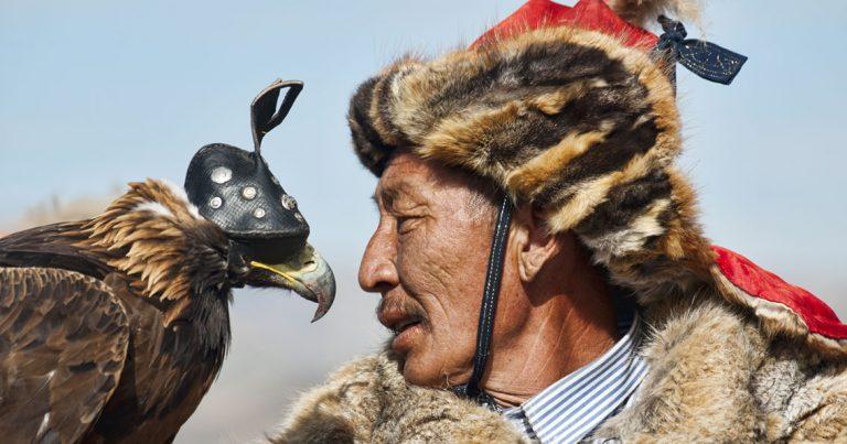 Ölgii's spectacular Golden Eagle Festival