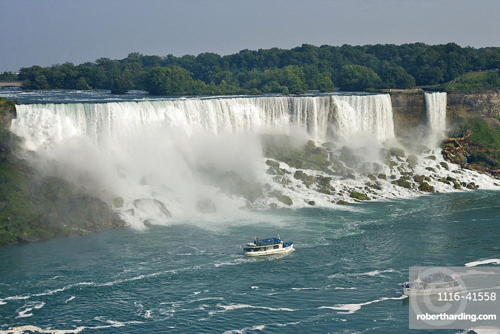 The American Falls And The Maid Of The Mist Looking Towards Niagara Falls State Park - Niagara Falls, New York, Usa