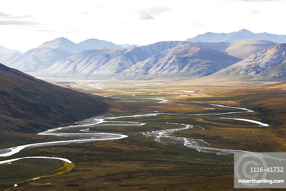Noatak River And The Brooks Range, Gates Of The Arctic National Park, Northwestern Alaska, Alaska, United States Of America