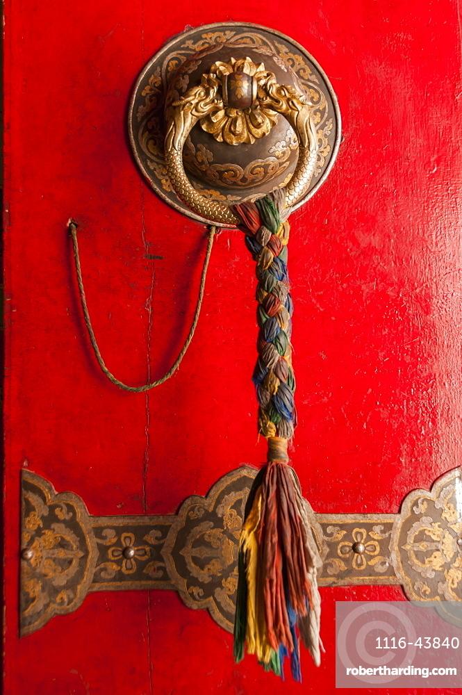 Door In A Temple Of Panchen Lamas Tashilhunpo Monastery, Tibetan Friendship Highway, Xigaze, Tibet, China