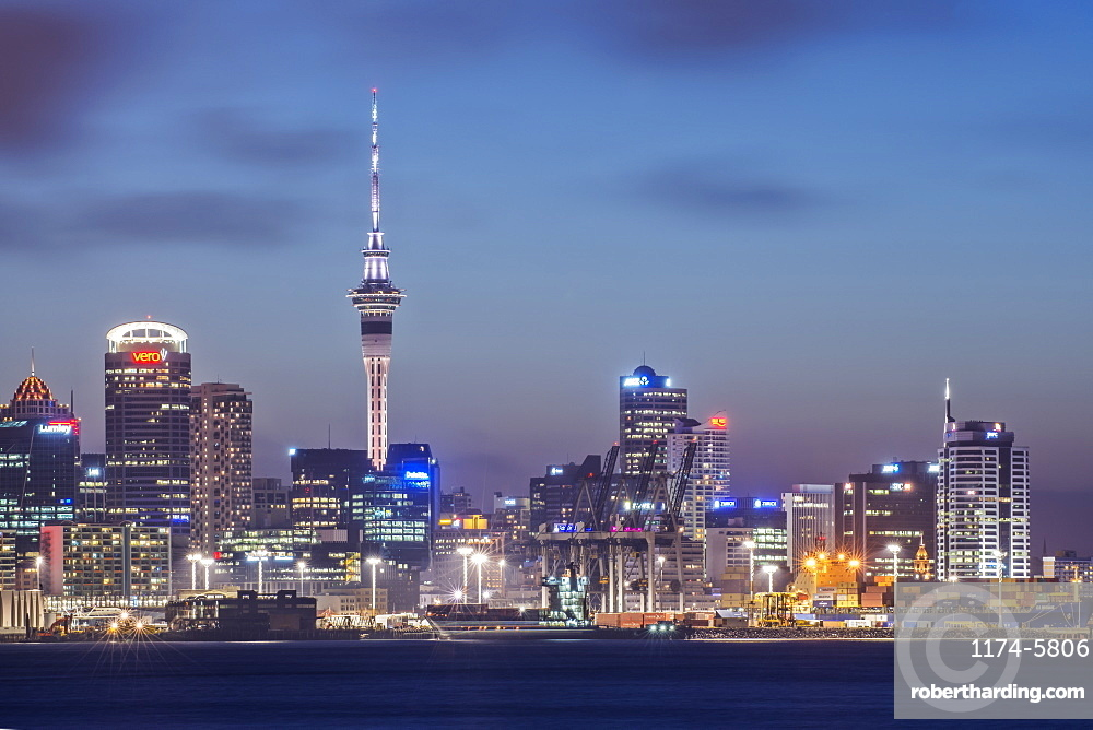 Auckland skyline lit up at night, New Zealand, Auckland, New Zealand, New Zealand