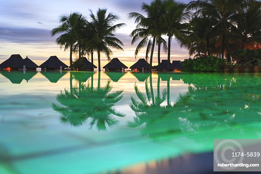 Palm trees and tropical resort, Bora Bora, French Polynesia, Bora Bora, Bora Bora, French Polynesia