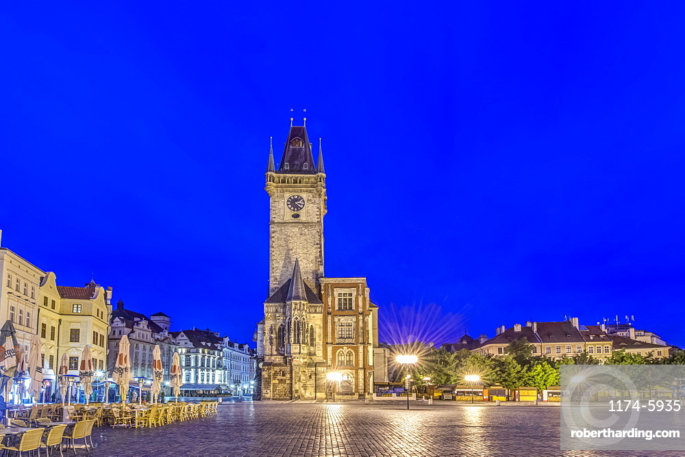 Illuminated piazza and old town hall at dawn, Prague, Czech Republic, Prague, Central Bohemia, Czech Republic