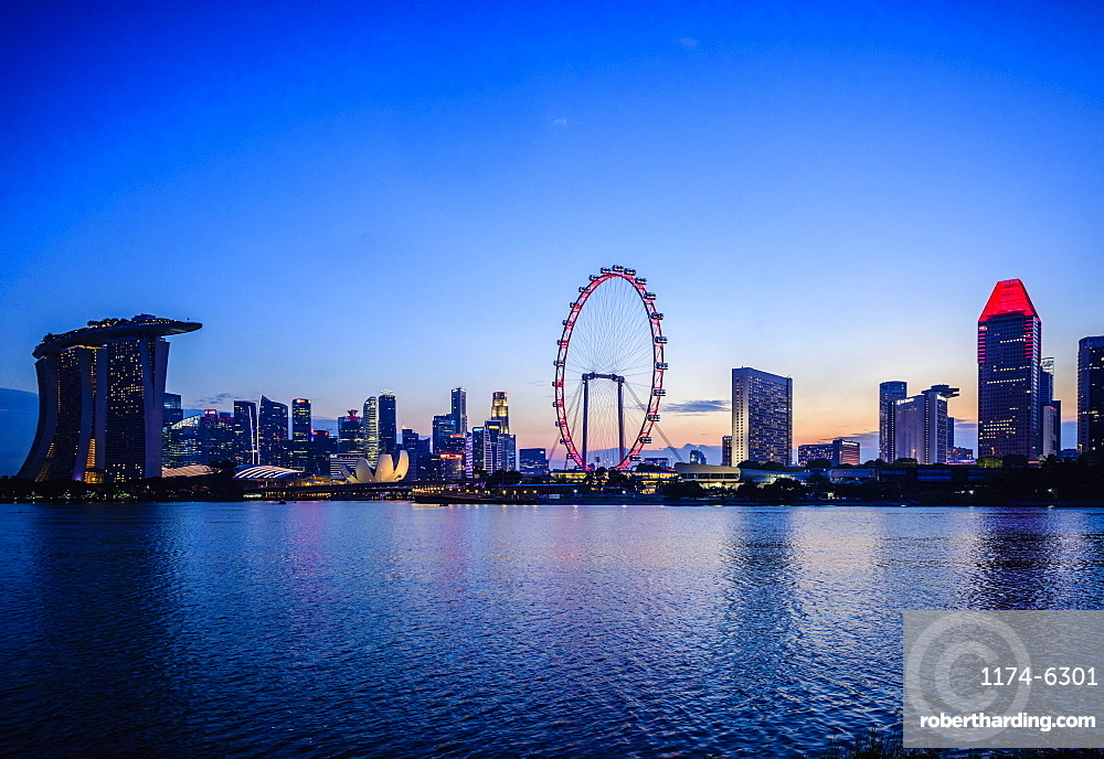 Singapore city skyline under sunset sky, Singapore, Singapore, Republic of Singapore