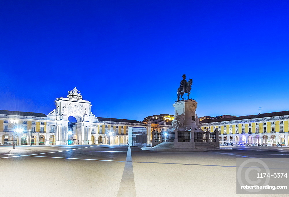 Illuminated fountain and ornate buildings in Commerce Square, Lisbon, Portugal, Lisbon, Portugal