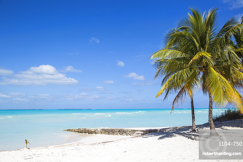 Beach at Treasure Cay, Great Abaco, Abaco Islands, Bahamas, West Indies, Central America
