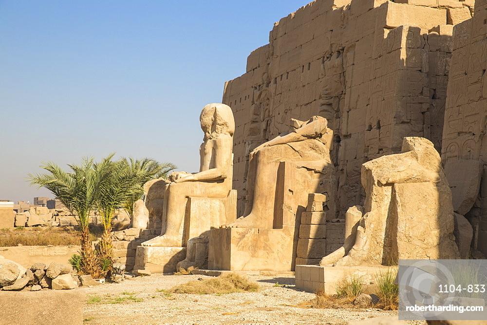 Karnak Temple, UNESCO World Heritage Site, near Luxor, Egypt, North Africa, Africa