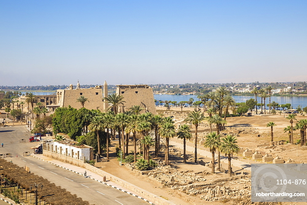 View of Luxor Temple, UNESCO World Heritage Site, Luxor, Egypt, North Africa, Africa