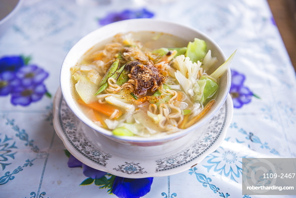 Traditional Shan noodle soup, Inle Lake, Shan State, Myanmar (Burma), Asia