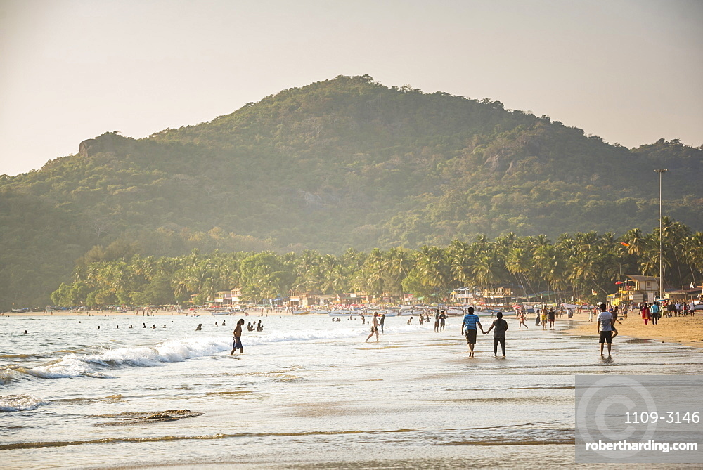 Palolem Beach at sunset, Goa, India, Asia