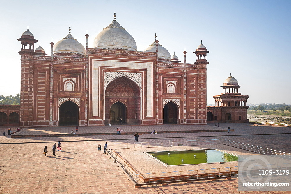 Mosque in the Taj Mahal Complex, Agra, Uttar Pradesh, India