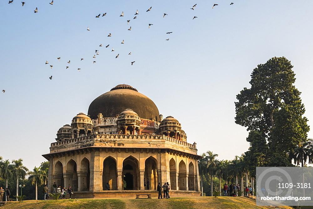 Tomb of Muhammad Shah, Lodi Gardens (Lodhi Gardens), New Delhi, India, Asia