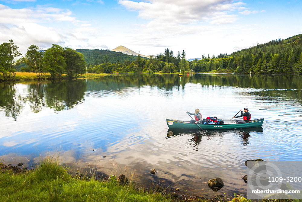 Canoeing Loch Oich, along the Caledonian Canal, near Fort William, Scottish Highlands, Scotland