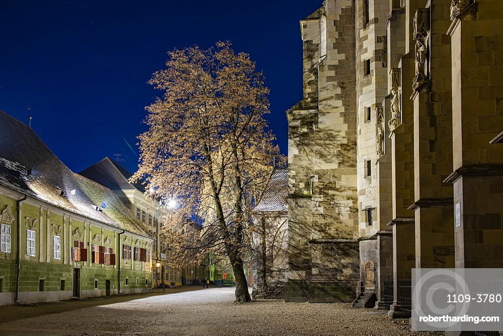 Black Lutheran Church in Brasov at night, Brasov County, Romania, Europe