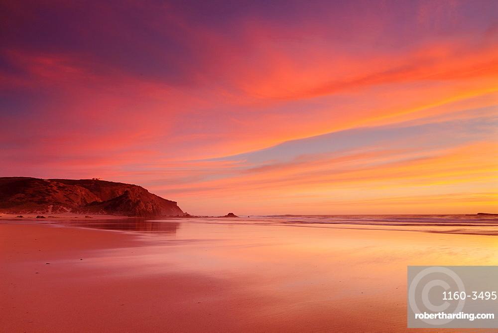 Praia do Amado beach at sunset, Carrapateira, Costa Vicentina, west coast, Algarve, Portugal
