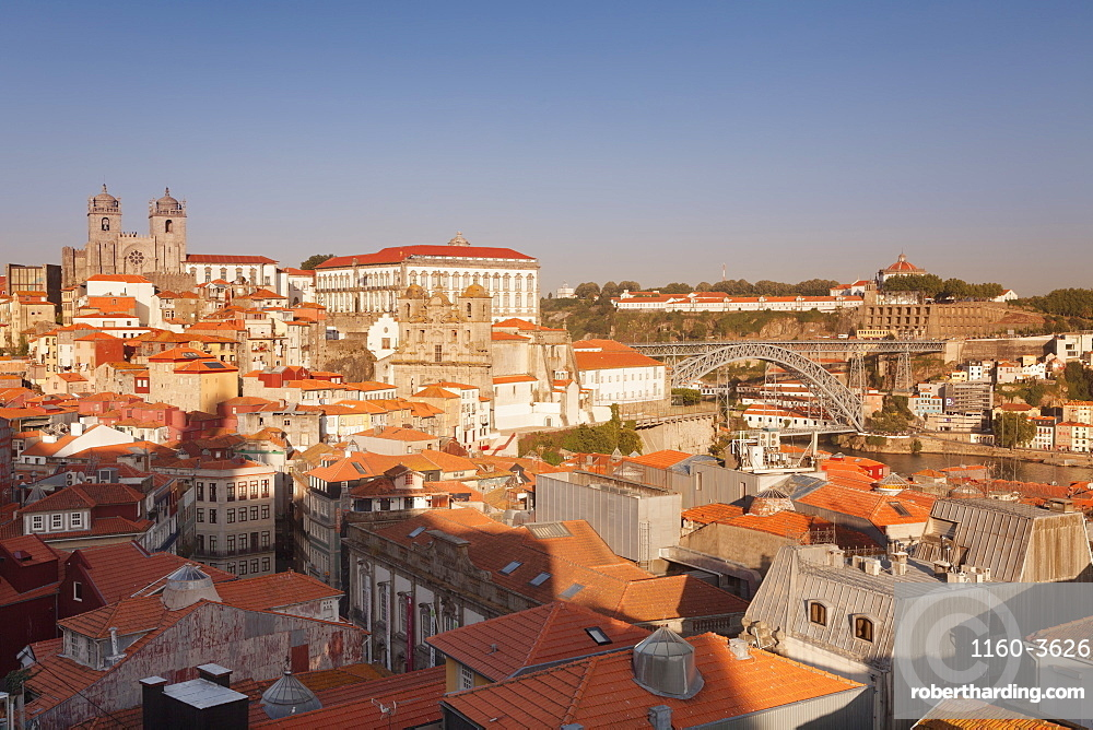 Ribeira District, UNESCO World Heritage Site, Se Cathedral, Palace of the Bishop, Ponte Dom Luis I Bridge, Porto (Oporto), Portugal, Europe