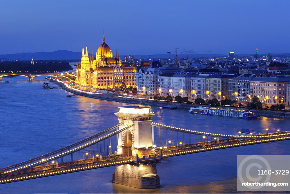View over Danube River to Chain Bridge and Parliamnet, Budapest, Hungary