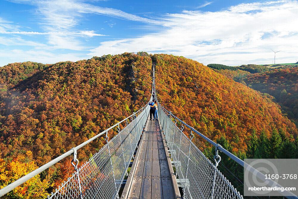 Swing Bridge Geierlay, Moersdorf, Hunsruck, Rhineland-Palatinate, Germany, Europe