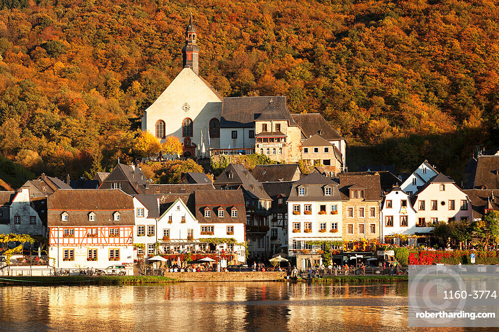 Town of Beilstein on Moselle River, Rhineland-Palatinate, Germany, Europe