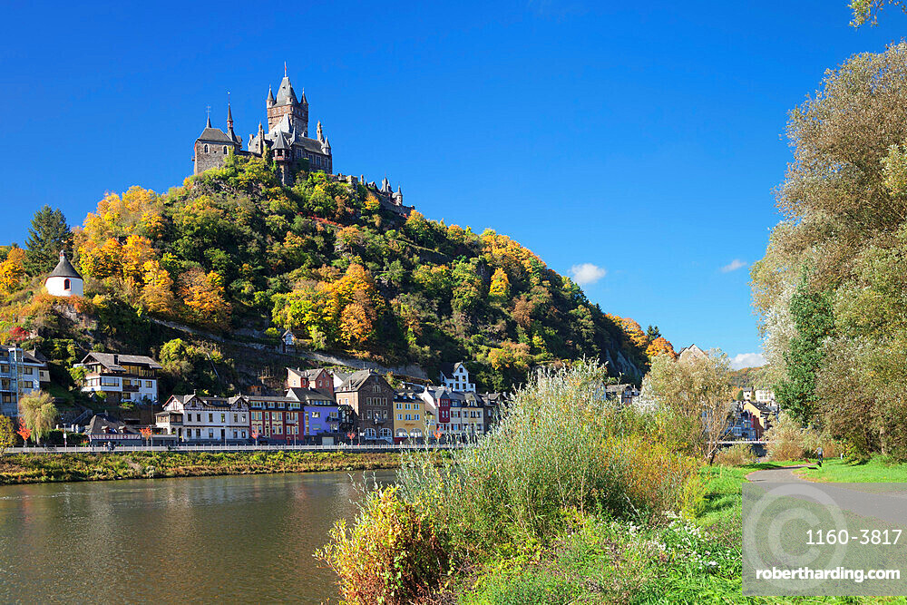 View over Moselle River to Reichsburg Castle, Cochem, Rhineland-Palatinate, Germany