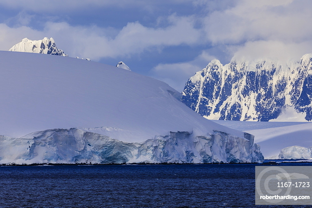 Glaciers, icebergs and misty mountains, Bismarck Strait, off Anvers Island and Wiencke Island, Antarctic Peninsula, Antarctica