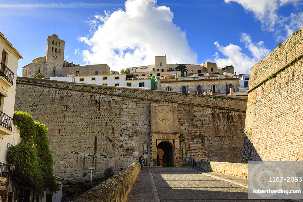 Portal de Ses Taules main gate, cathedral, Dalt Vila old town, UNESCO World Heritage Site, Ibiza Town, Balearic Island, Spain