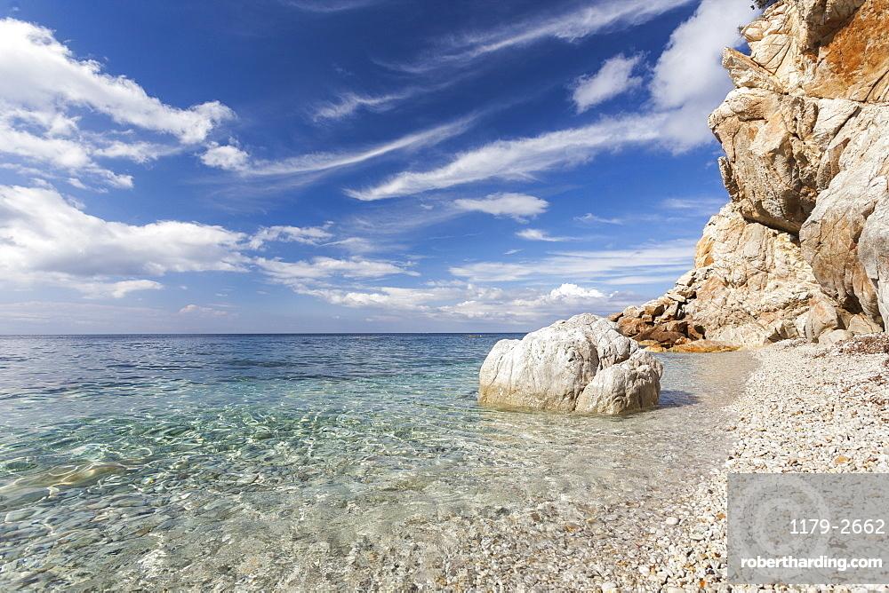 Turquoise sea, Sant'Andrea Beach, Marciana, Elba Island, Livorno Province, Tuscany, Italy, Europe
