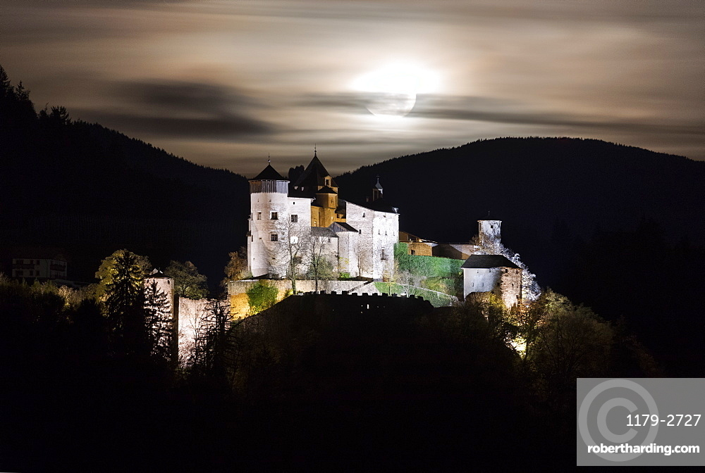 Full moon on Prosels Castle, Fie allo Sciliar, Seiser Alm, South Tyrol, Bolzano province, Italy, Europe