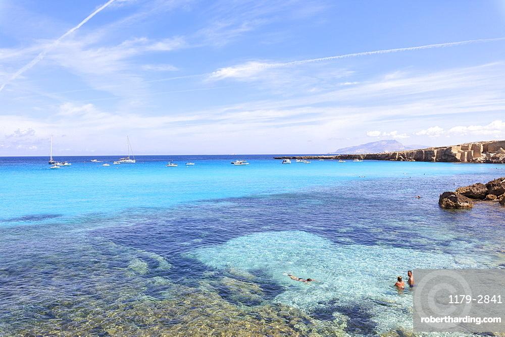 Cala Rossa, Favignana island, Aegadian Islands, province of Trapani, Sicily, Italy, Mediterranean, Europe