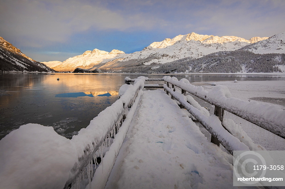 Walkway covered with snow, Lake Sils, Plaun da Lej, Maloja Region, Canton of Graubunden, Engadin, Switzerland