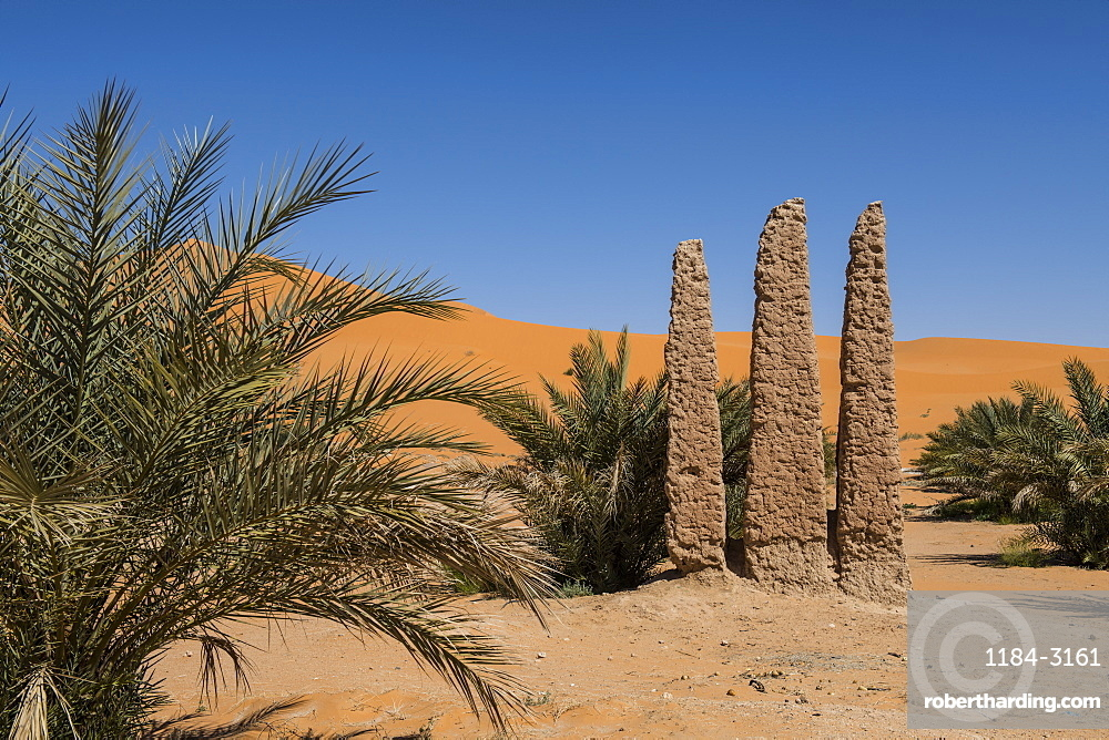 Old oasis sign, Beni Abbes, Sahara, Algeria, North Africa, Africa