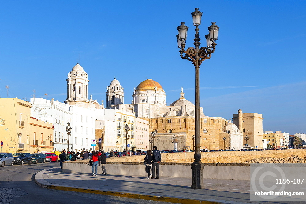 Santa Cruz Cathedral seen from the promenade along quayside, Cadiz, Andalusia, Spain, Europe