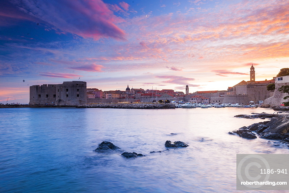 Sunset over the old town, UNESCO World Heritage Site, Dubrovnik, Croatia, Europe