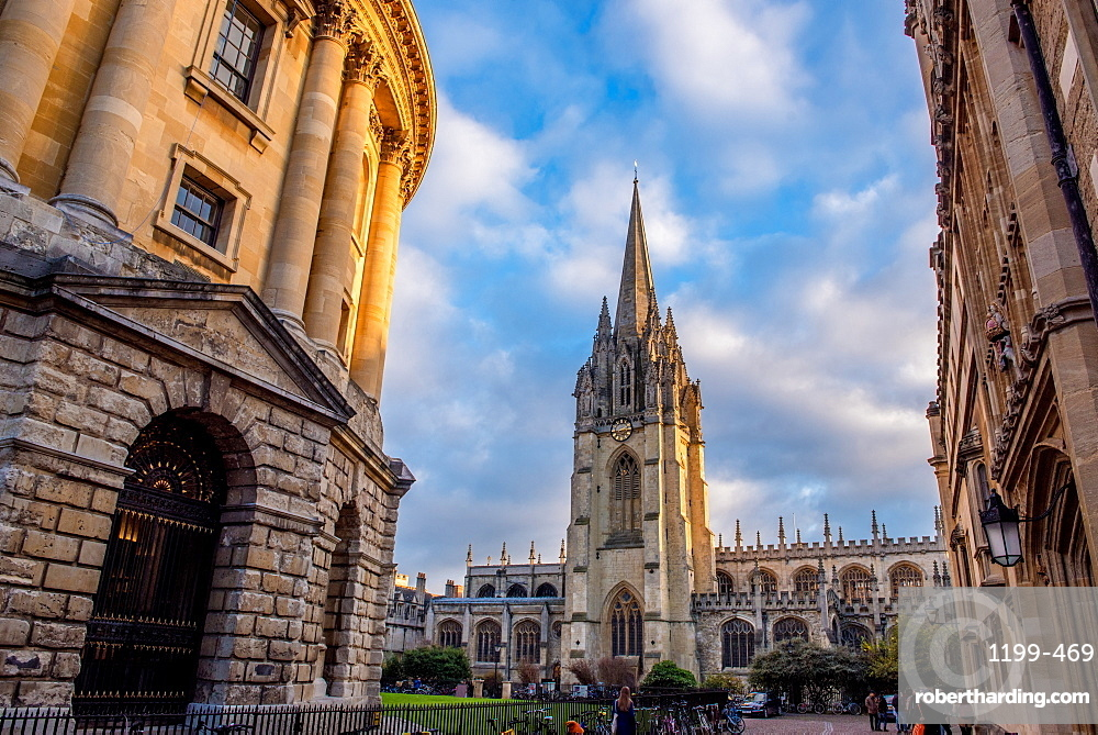 St. Mary's Church and The Radcliffe camera in Radcliffe Square in Oxford, Oxfordshire, England, United Kingdom, Europe