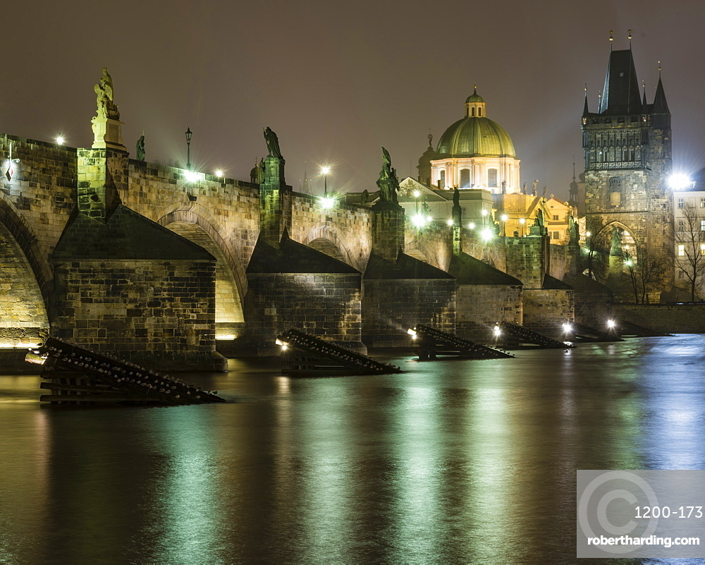 Charles Bridge at night, Prague, Czech Republic.