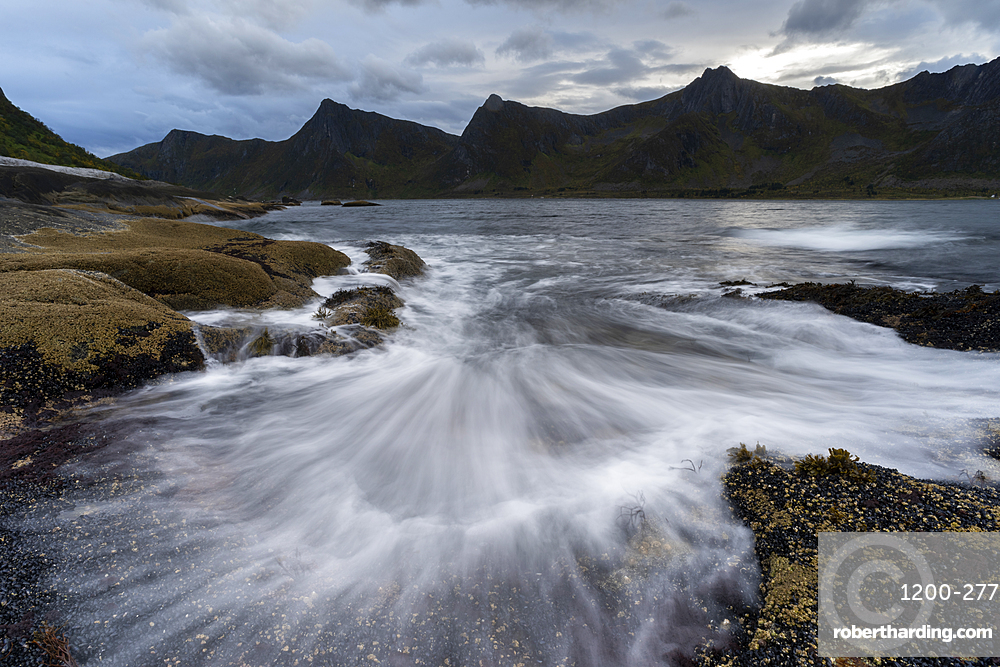 Incoming tide at dusk, Tungeneset, Senja, Norway, Scandinavia, Europe