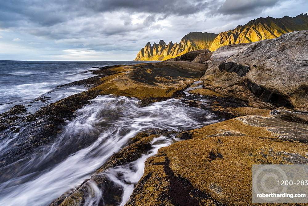 Rock formations and evening light on Devil's Teeth Mountains, Tungeneset, Senja, Norway, Scandinavia, Europe