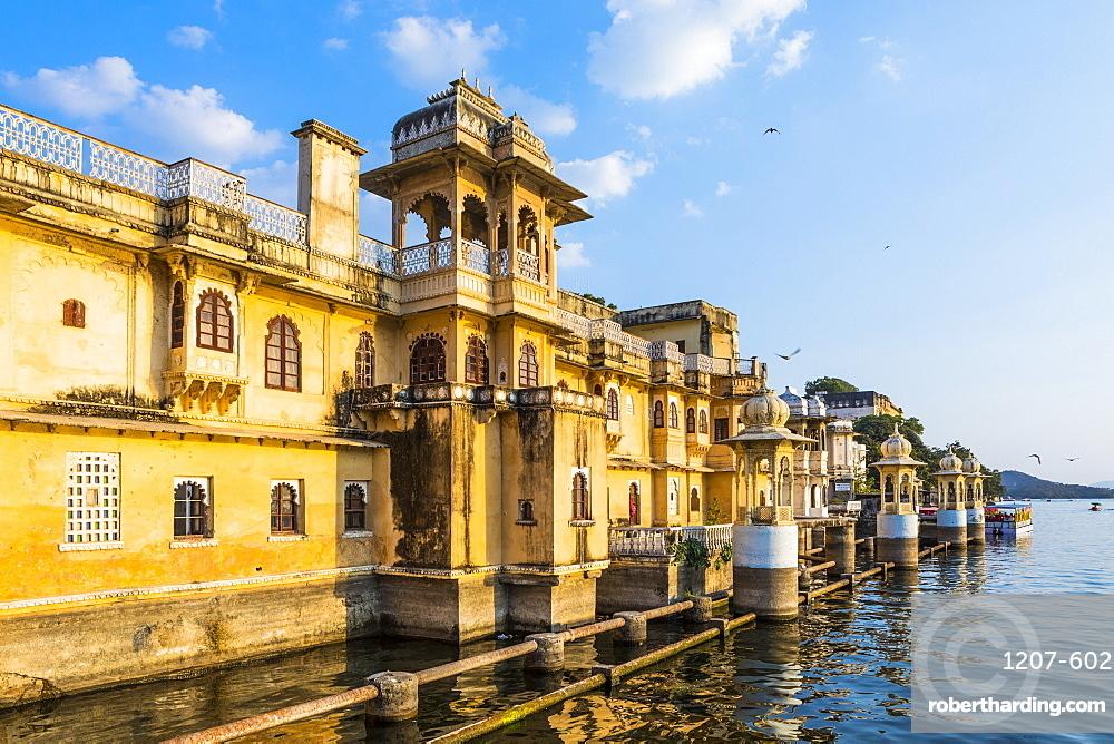 Gangaur Ghat, Udaipur, Rajasthan, India, Asia,