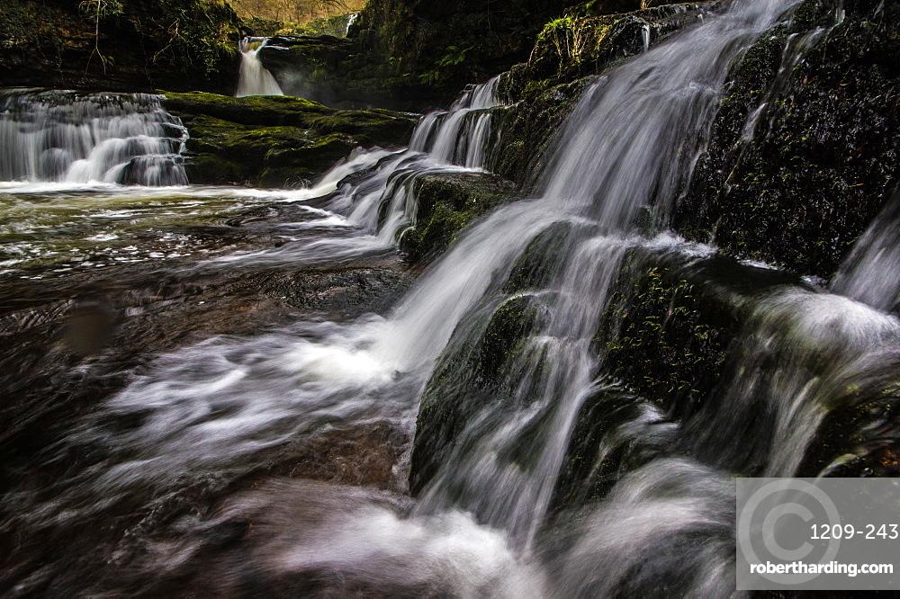Sgwd Isaf Clun-Gwyn waterfall, Pontneddfechan, Wales.