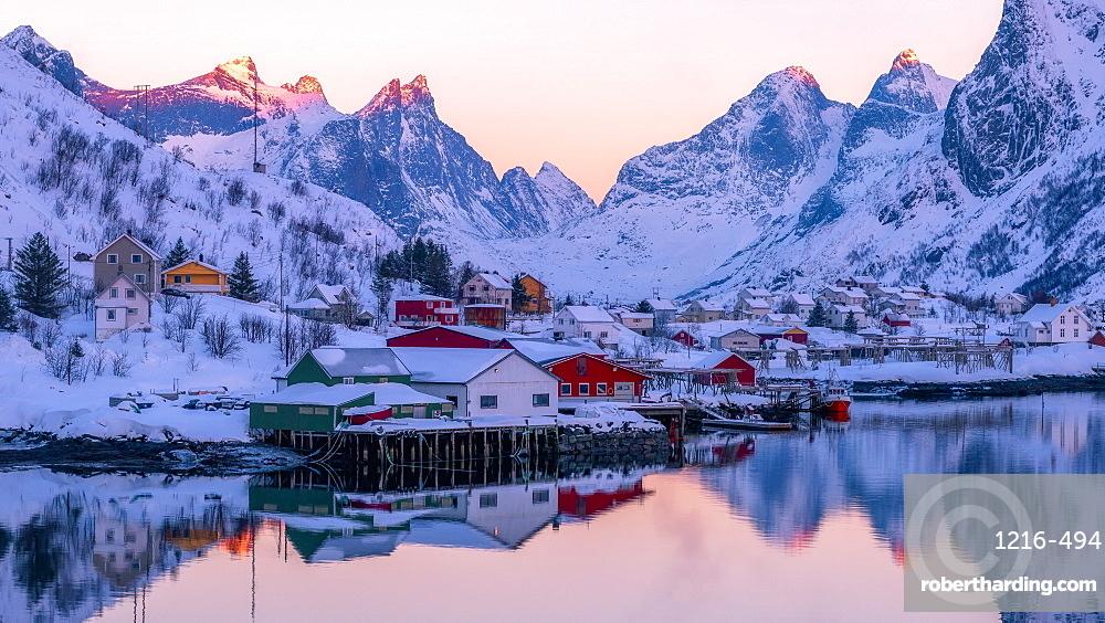 Reine fishing village in winter, Reinefjord, Moskenesoya, Lofoten, Arctic, Norway, Europe