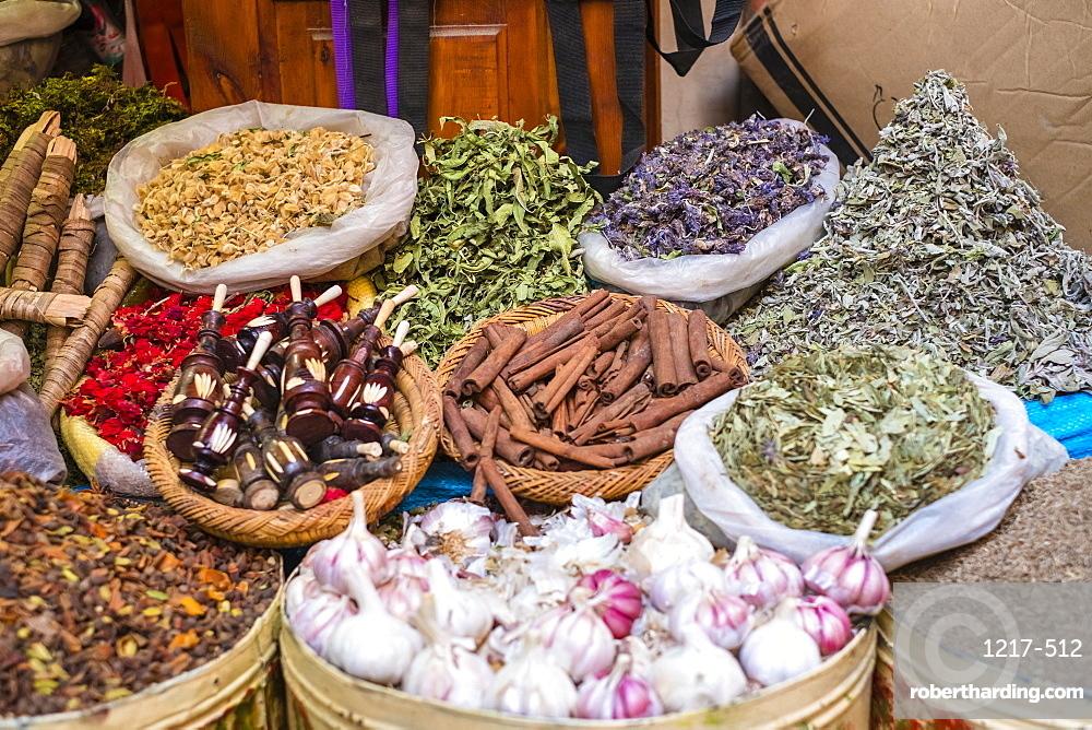 Spice market in Mellah (Jewish Quarter), Medina (old town), Marrakesh, Marrakech-Safi region, Morocco, North Africa, Africa
