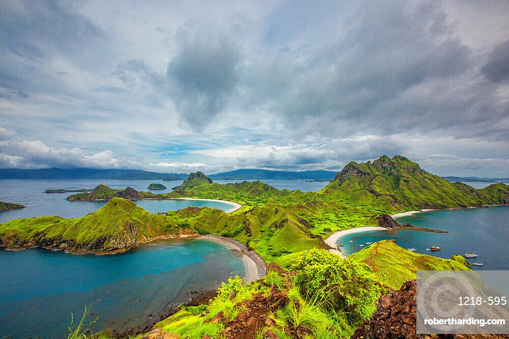 Pidar Island, Komodo National Park, Indonesia, Southeast Asia, Asia