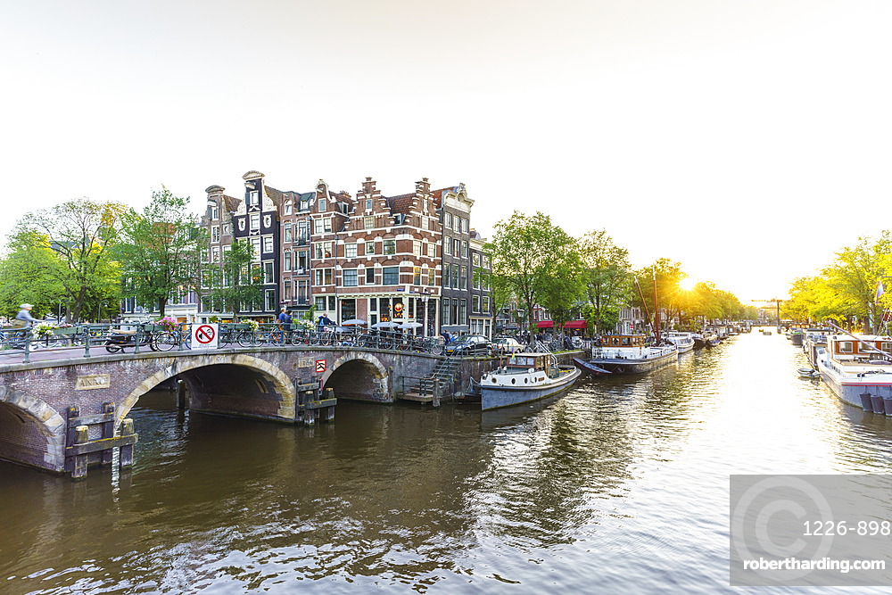 Sunset, Brouwersgracht Canal, Amsterdam, North Holland, The Netherlands, Europe