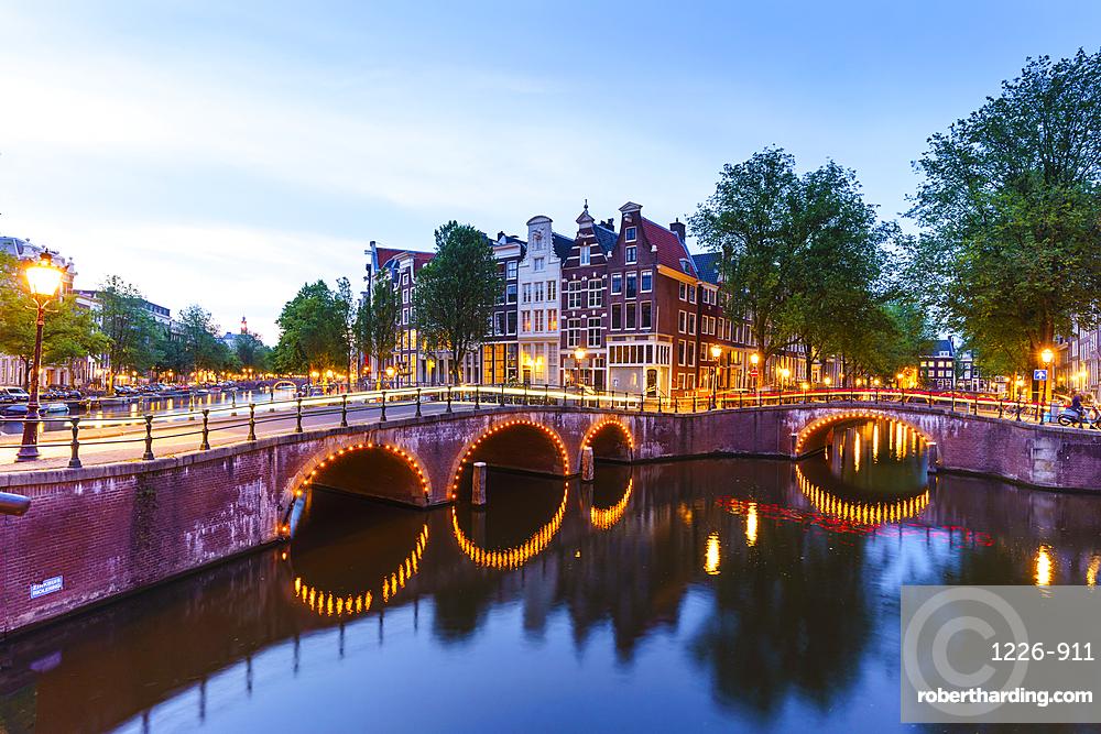 Keizersgracht canal at dusk, Amsterdam, Netherlands