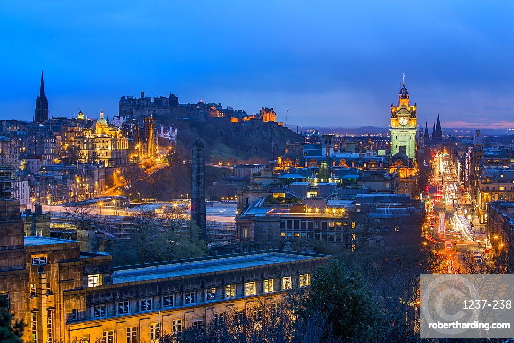 Panoramic view of Edinburgh, UNESCO World Heritage Site, Edinburgh, Scotland, United Kingdom, Europe.