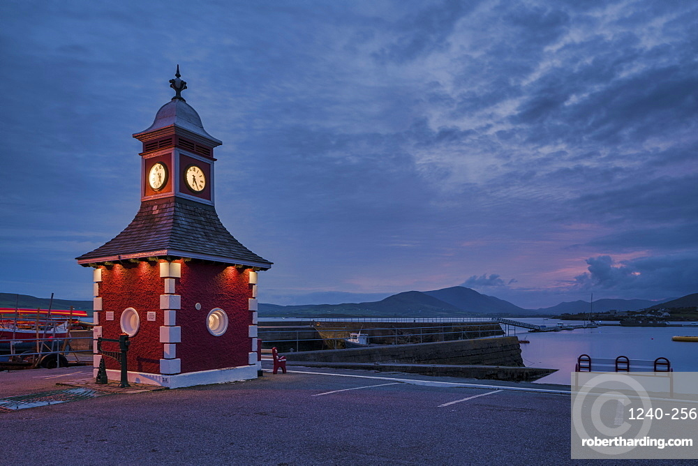 Knightstown Harbour, County Kerry, Munster, Republic of Ireland, Europe