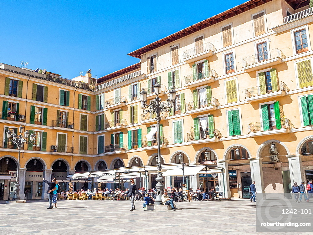 A city plaza, Palma, Mallorca, Balearic Islands, Spain, Mediterranean, Europe