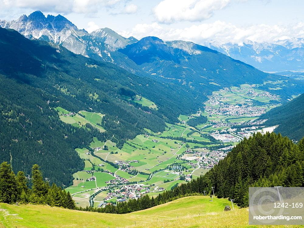 Mountain valley in the Alps, Stubai, Tyrol, Austria, Europe